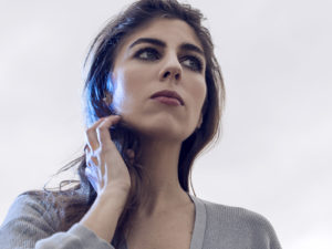 SYLVIA: 'Senza Fare Rumore' il debutto su INRI tra bedroom electronica e canzone d'autore