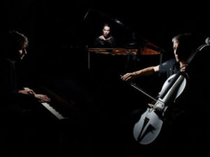 """OPUS 3000: vede oggi la luce """"Benevolence"""", il primo album del trio crossover"""